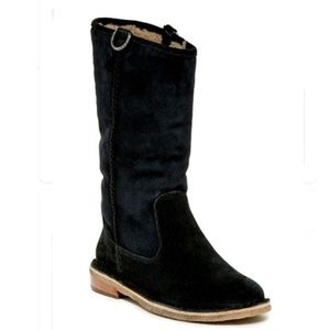 UGG - Daphne Black Genuine Shearling Lined Boot